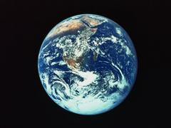 大宇宙の中の地球、その中の私たち!