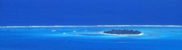 どこまでも青い空のように、どこまでも深い海のように、自分の過去に寛大になろう!そして明るい未来を見つめていこう!