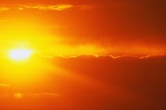 グランド・キャニオンに沈む夕陽が圧巻